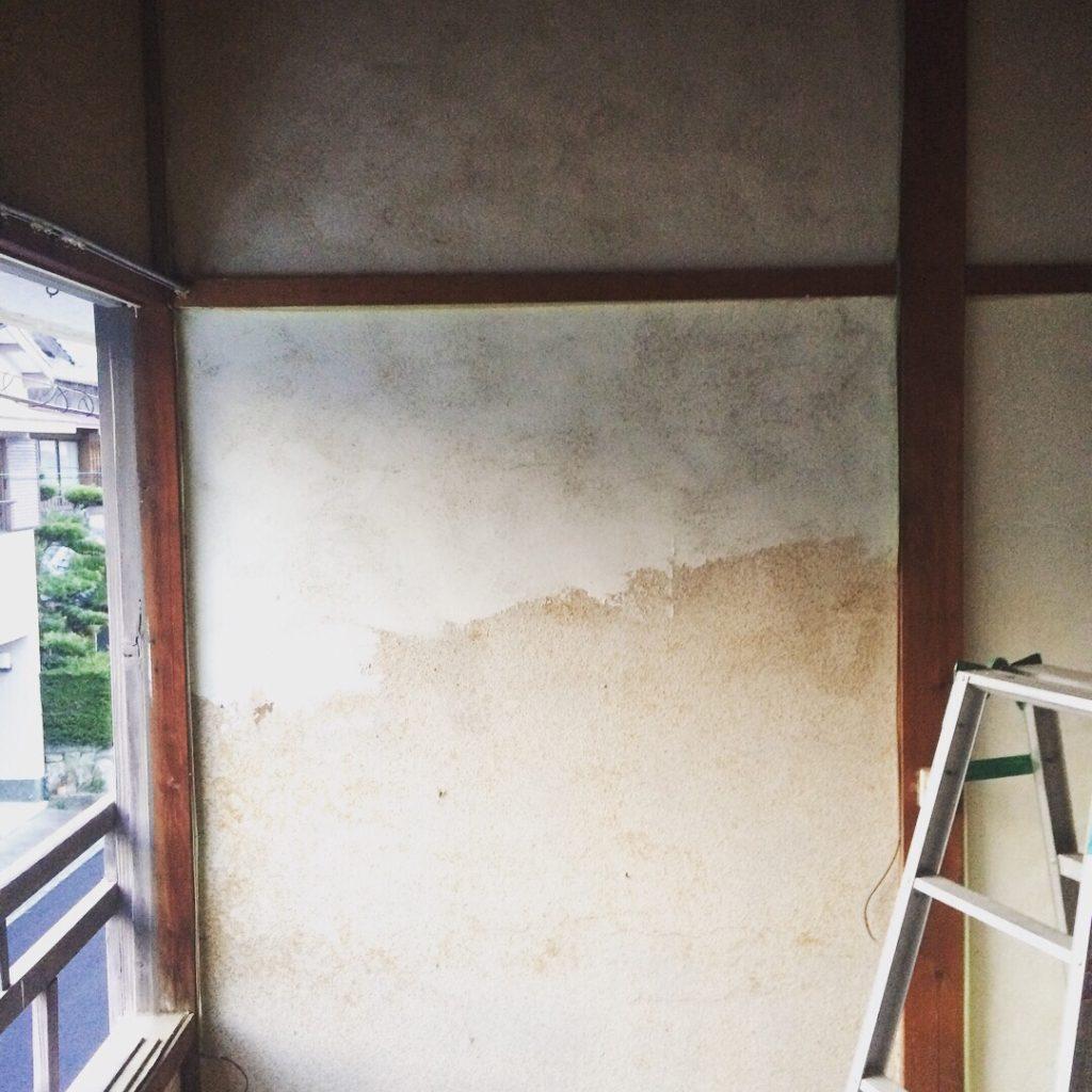 古い和室の土壁の上に漆喰を塗る Diy女子ブログ